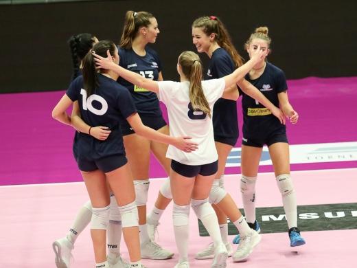 Abbraccio-Vero-Volley-Publyteam